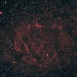 Туманність Спагетті – залишок наднової (SNR) на кордоні між сузір'ями Візничий і Телець.